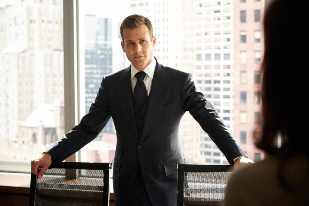 Harvey Specter im perfekten Anzug