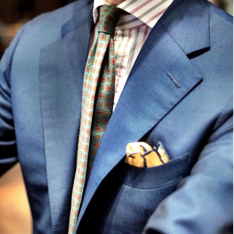 Blauer Anzug von Suitcon