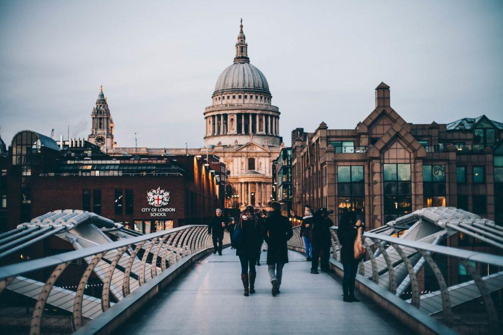 London Urlaub und der Anzug muss mit