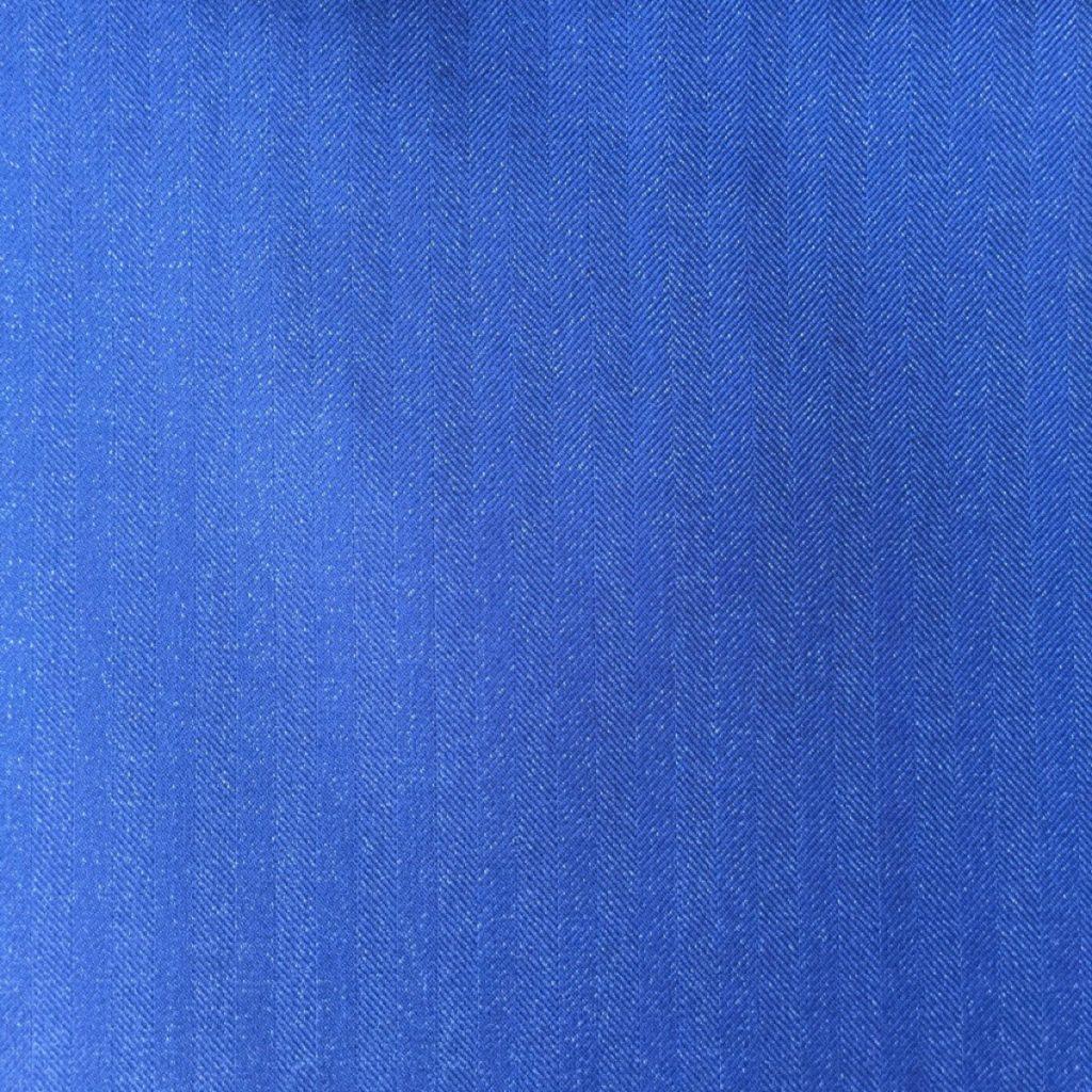 Hochwertigste Schurwollen S150 Qualität mit 15% Seidenbeimischung im klassischen dezentem Fischgrat in Indigo Blau