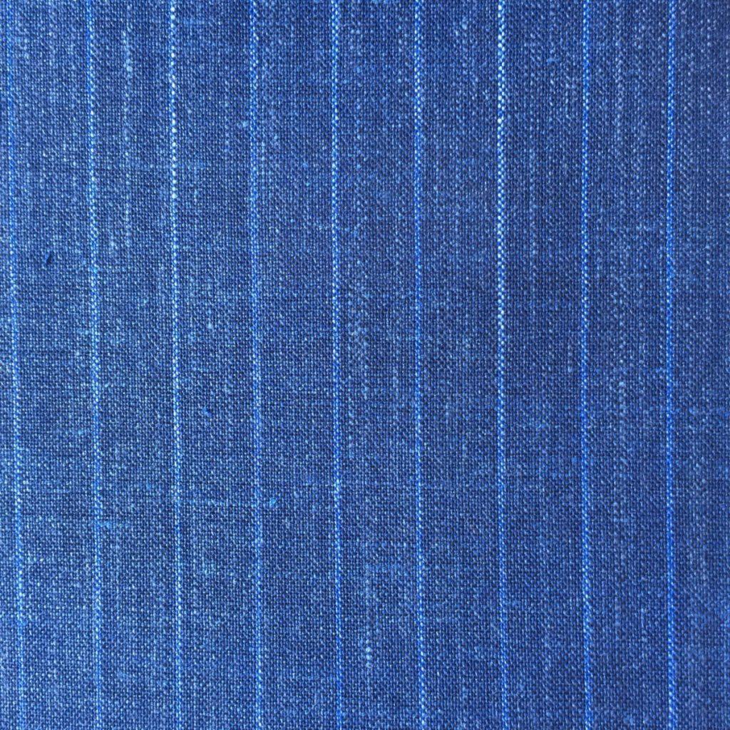 Hochwertige Wolle/Seiden/Leinen Mischung in sommerlichen Indigo Blau und hellblauen Nadelstreif